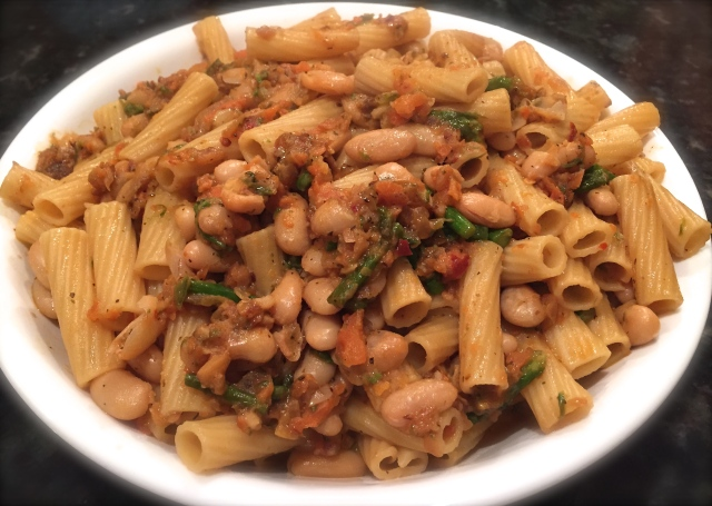 Ziti Rigati with Asparagus and Cannellini beans